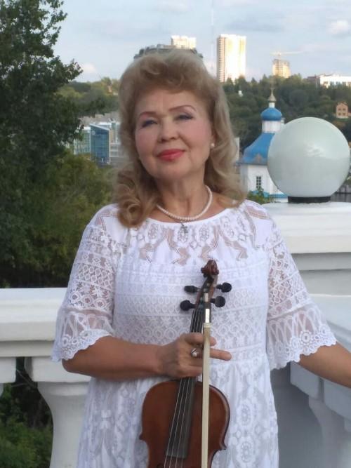 Государственная стипендия Заслуженной артистки Чувашской Республики Эльвиры Маркитановой