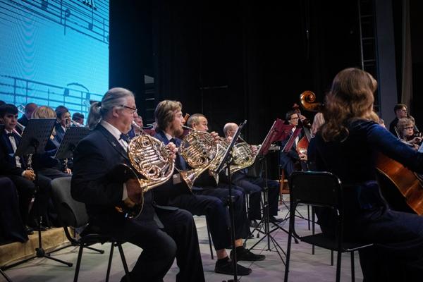 В концертной программе были исполнены сочинения различных стилей, эпох, жанров